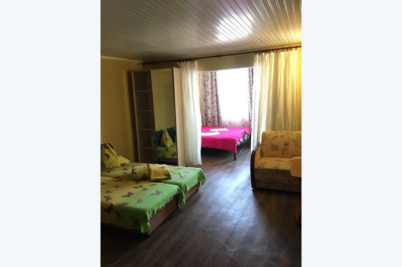 """Гостевой дом """"На Набережной 1"""", Набережная улица, 1 на 3 комнаты - Фотография 28"""