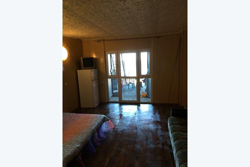 """Гостевой дом """"На Набережной 1"""", Набережная улица, 1 на 3 комнаты - Фотография 35"""
