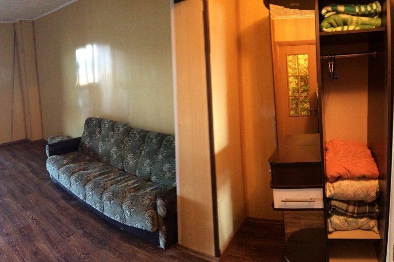 """Гостевой дом """"На Набережной 1"""", Набережная улица, 1 на 3 комнаты - Фотография 36"""
