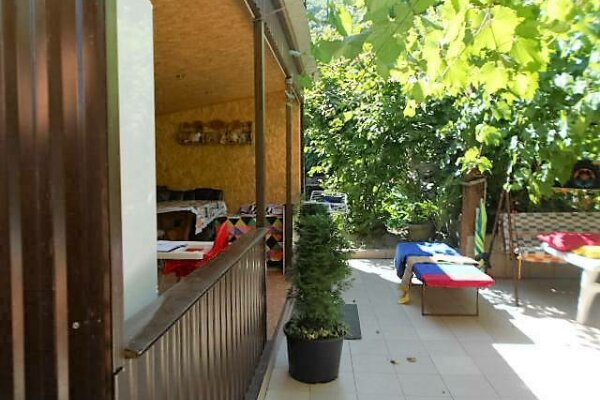 Гостевой дом поэтажно, Черноморская улица, 7А на 2 комнаты - Фотография 1
