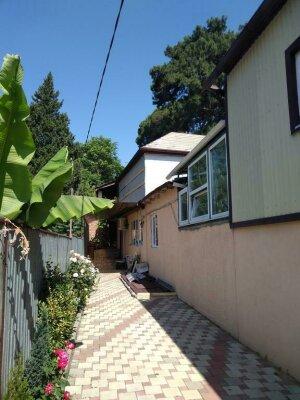 Гостевой дом, улица Шаумяна, 5 на 6 номеров - Фотография 1