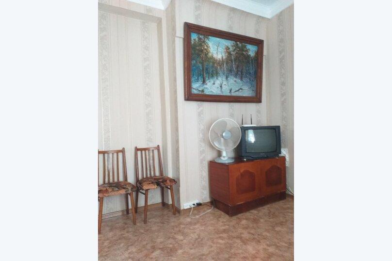 Дом на  3 человек площадью 34 кв.м .Сад!, 34 кв.м. на 3 человека, 1 спальня, улица Ленина, 28, Феодосия - Фотография 12