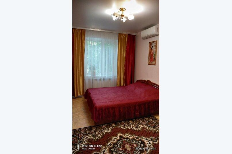 Дом, 100 кв.м. на 6 человек, 3 спальни, улица Мартынова, 45А, Морское - Фотография 1