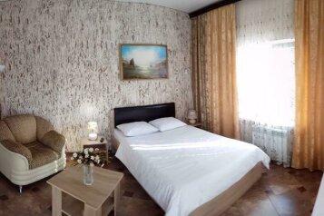 """Гостевой дом """"Chinar"""", Кавказская улица, 1В на 4 комнаты - Фотография 1"""