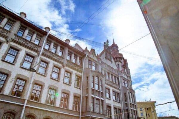 """Хостел """"Ray"""", Вознесенский проспект, 41 на 9 номеров - Фотография 1"""