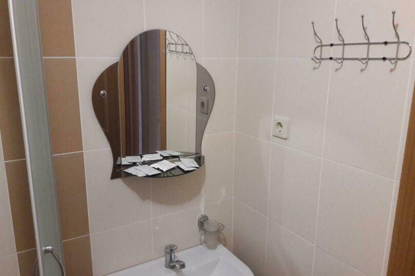 Двухместный номер с 1 кроватью и собственной ванной комнатой, улица Свободы, 30, Гостагаевская, Анапа - Фотография 3