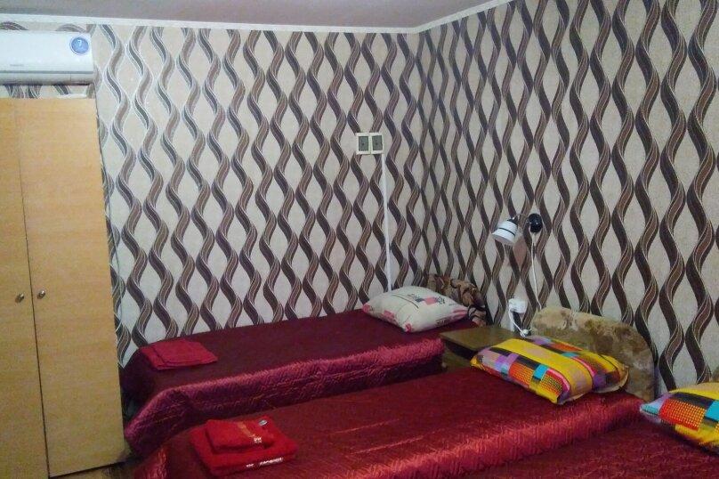 Стандарт 3-х местный, улица Жуковского, 2/3, Коктебель - Фотография 1