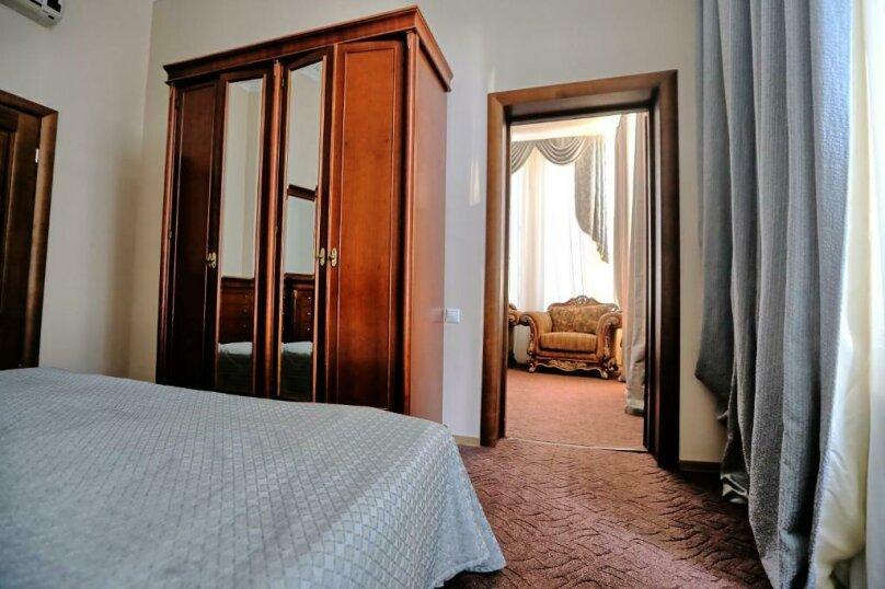 Малый люкс, проспект Леона, 2, Сухум - Фотография 3