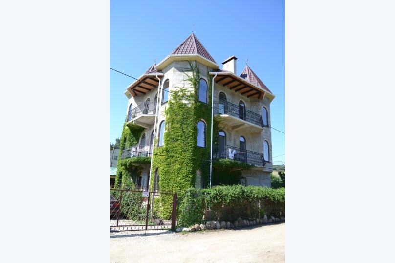"""Гостевой дом """"Замок Алустон"""", Табачная улица, 7 на 12 комнат - Фотография 2"""