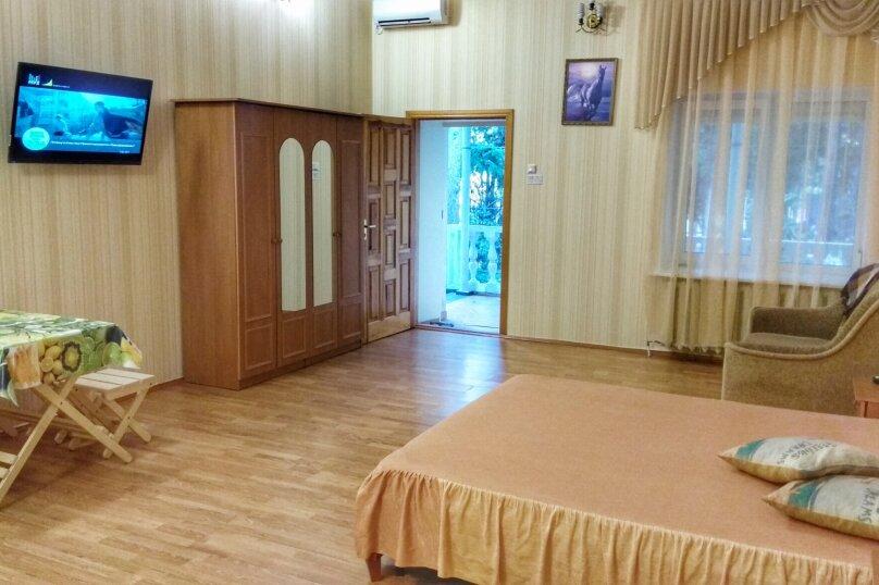 Отдельная комната, улица Ленина, 21, Алушта - Фотография 18