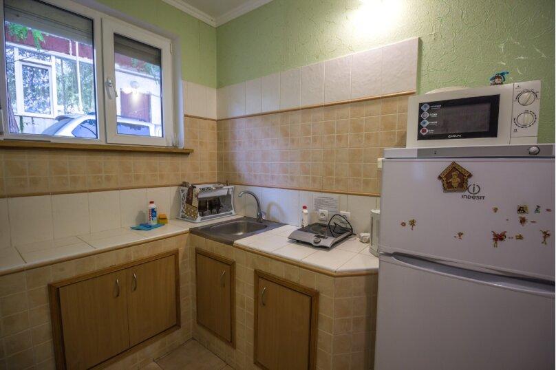 Отдельная комната, улица Ленина, 21, Алушта - Фотография 25