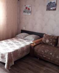 1-комн. квартира, 40 кв.м. на 4 человека, улица Богдана Хмельницкого, 40, Омск - Фотография 2