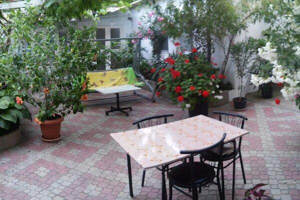 Дом в центре Судака, 60 кв.м. на 4 человека, 1 спальня, 14 Апреля, 38, Судак - Фотография 1