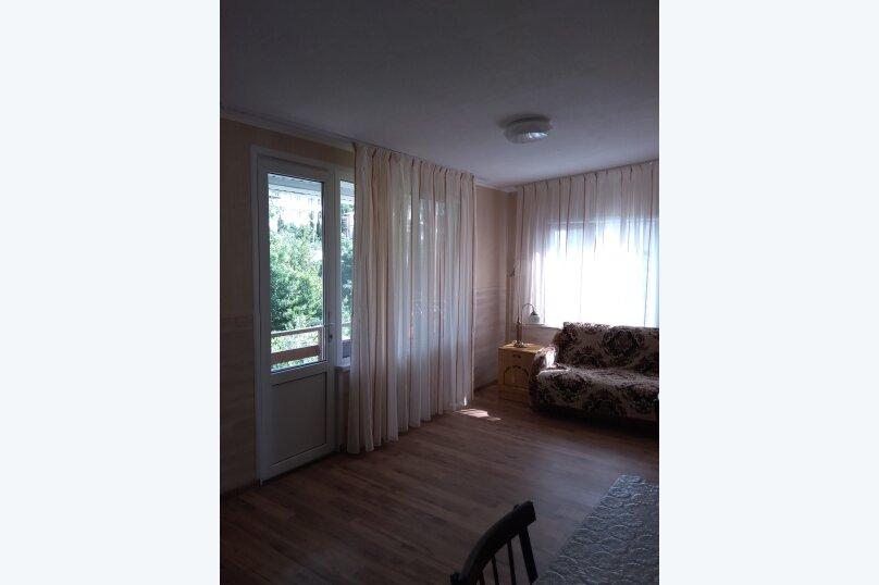 Гостевой дом в 10 минутах от моря с балконами, улица Ленина, 33/2 на 2 комнаты - Фотография 16