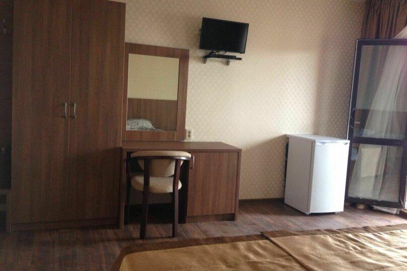 """Гостевой дом """"Маяк"""", Рыбзаводская улица, 80 на 7 комнат - Фотография 7"""