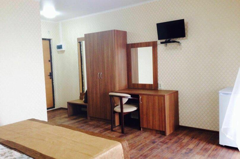 """Гостевой дом """"Маяк"""", Рыбзаводская улица, 80 на 7 комнат - Фотография 8"""