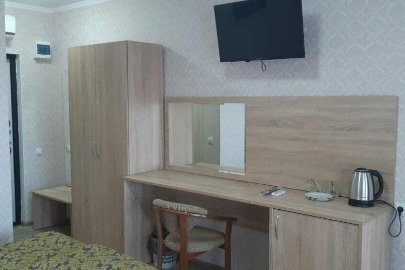 """Гостевой дом """"Маяк"""", Рыбзаводская улица, 80 на 7 комнат - Фотография 13"""