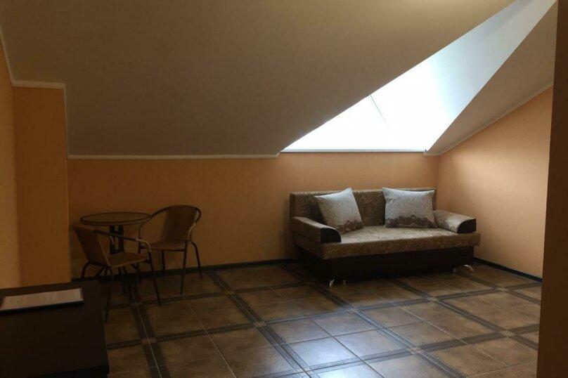 Люкс с 1 спальней без балкона, Радужная улица, 15, Кабардинка - Фотография 2