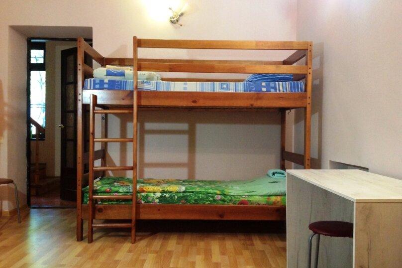 """Гостевой дом """"Чарли"""", Киевская улица, 14 на 6 комнат - Фотография 21"""