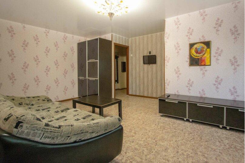 2-комн. квартира, 50 кв.м. на 4 человека, улица Мичурина, 4, Красноярск - Фотография 12