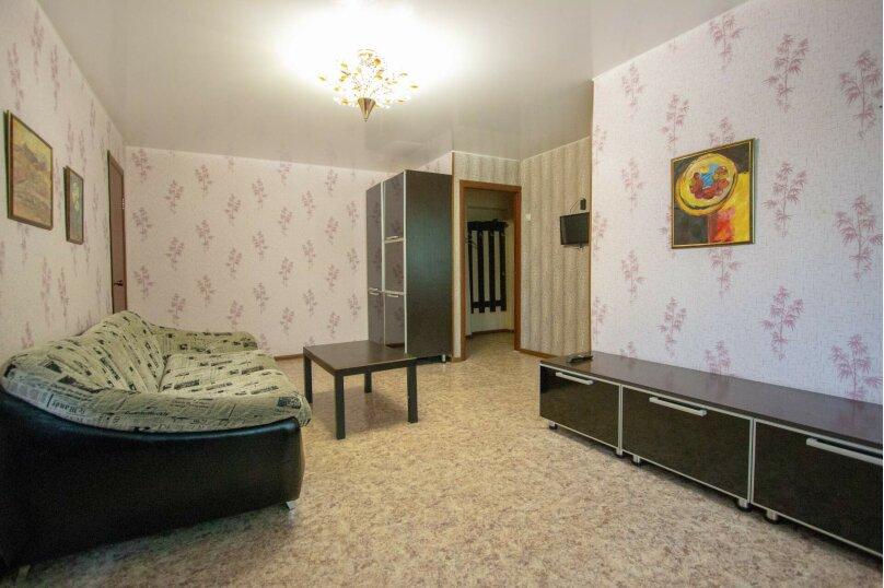 2-комн. квартира, 50 кв.м. на 4 человека, улица Мичурина, 4, Красноярск - Фотография 13