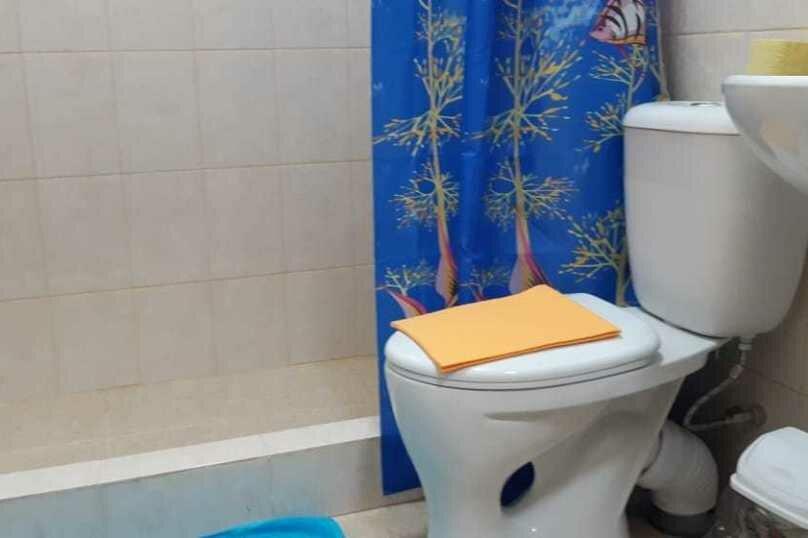 """Гостевой дом """"Маяк"""", Рыбзаводская улица, 80 на 7 комнат - Фотография 26"""