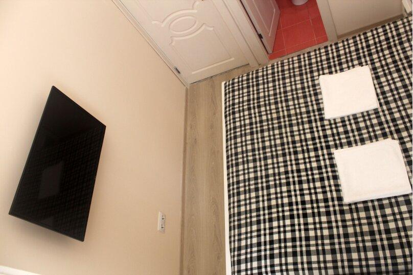 Двухместный номер с окном, улица Блюхера, 19, Ялта - Фотография 5