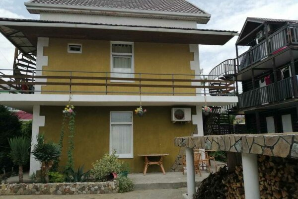 Гостевой дом, улица Веры Белик, 6 на 11 номеров - Фотография 1