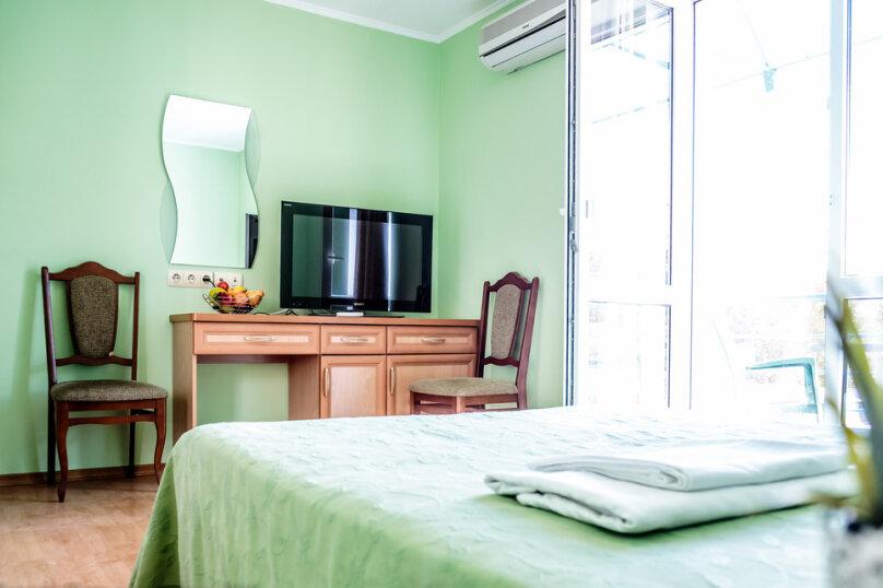 Двухкомнатный семейный номер с ванной комнатой, улица Леваневского, 3, Севастополь - Фотография 1