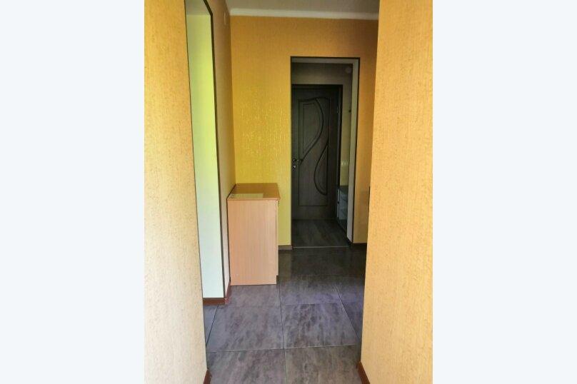 """Гостевой дом """"Vinehouse"""", Майкопская улица, 38 на 7 комнат - Фотография 11"""