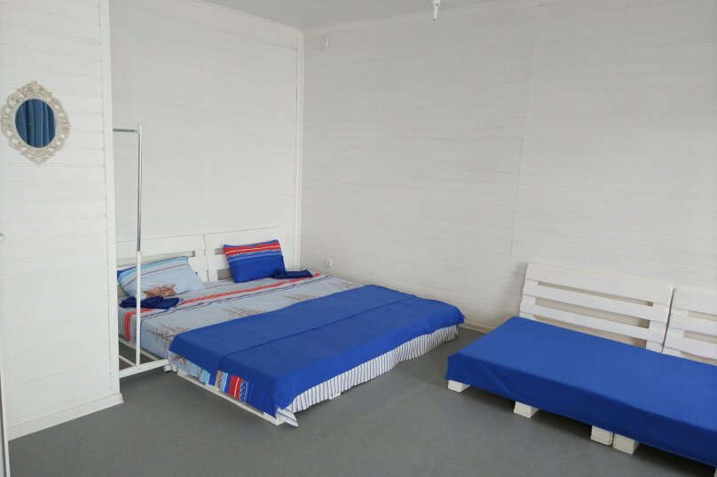Коттедж, 130 кв.м. на 10 человек, 4 спальни, Азовская, 14, село Соляное - Фотография 6