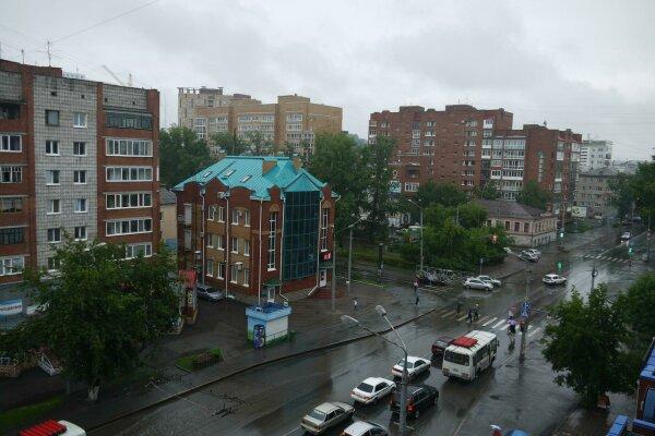 1-комн. квартира, 45 кв.м. на 3 человека, проспект Ленина, 166, Ленинский район, Томск - Фотография 1