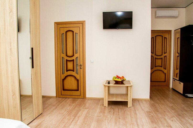 """Гостевой дом """"Soul&Sea"""", Приморская, 13 на 32 комнаты - Фотография 24"""