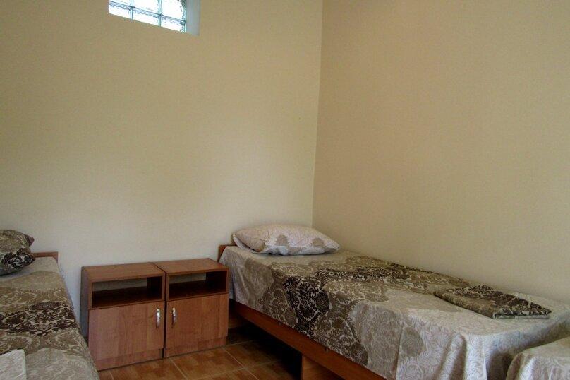 """Гостевой дом """"Ютель"""", улица Гайдара, 29А на 4 комнаты - Фотография 20"""