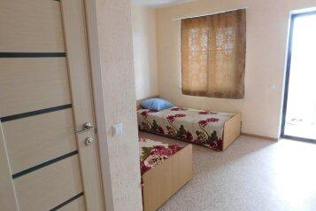 Гостевой дом, Портовая, 40 на 8 номеров - Фотография 2