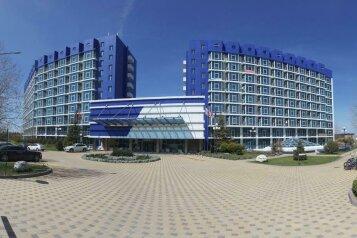 Апартаменты Аквамарин в Севастополе , Парковая улица, 11 на 6 номеров - Фотография 1