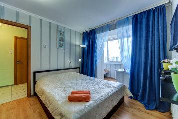 1-комн. квартира, 40 кв.м. на 4 человека, улица Ильюшина, 15к2, Санкт-Петербург - Фотография 1