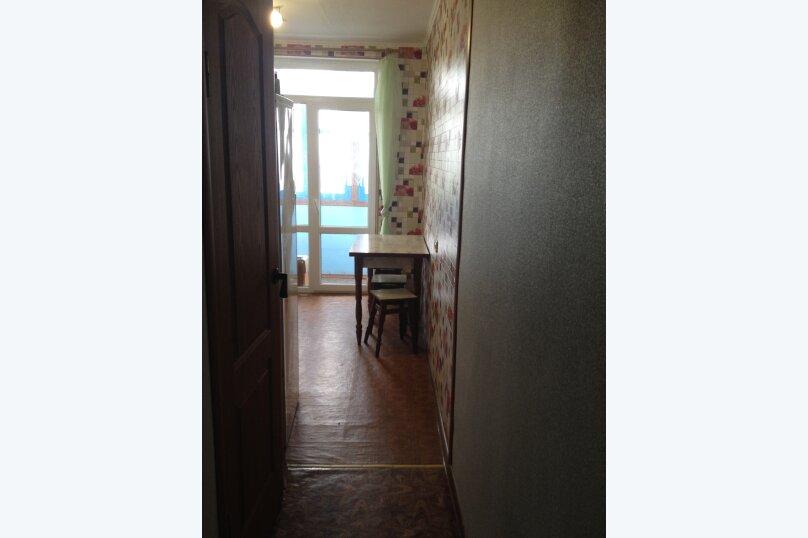 2-комн. квартира, 50 кв.м. на 6 человек, улица Нахимова, 4, поселок Орджоникидзе, Феодосия - Фотография 2