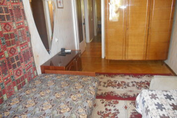 2-комн. квартира на 5 человек, улица Сурикова, 16, Алупка - Фотография 4