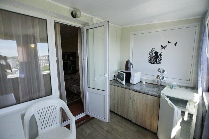 Домик, 25 кв.м. на 4 человека, 1 спальня, 2-й микрорайон, 1, Ольгинка - Фотография 13