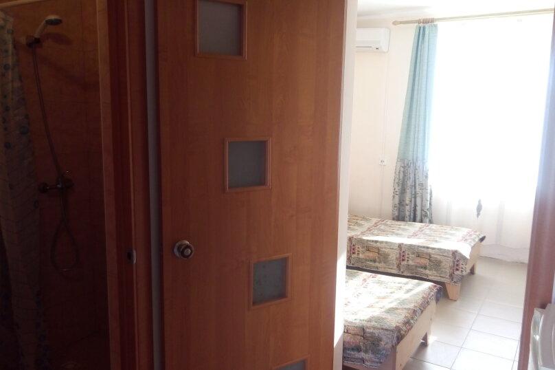 """Гостевой дом """"На Морской 4"""", Морская улица, 4 на 18 комнат - Фотография 18"""