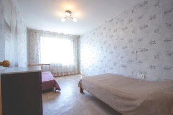 2-комн. квартира на 4 человека, улица Молокова, 12, Красноярск - Фотография 3