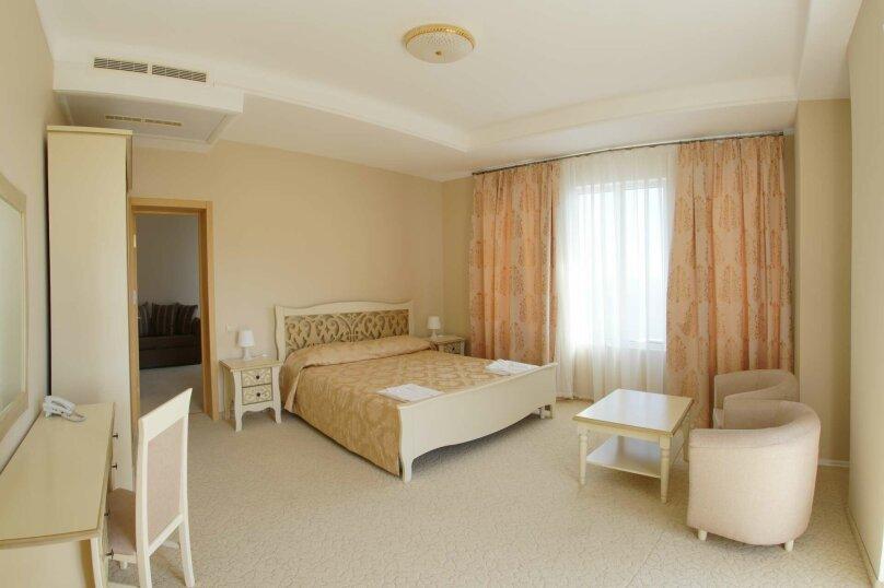 Люкс двухкомнатный с 1 двуспальной кроватью , Советская улица, 78, Симеиз - Фотография 1