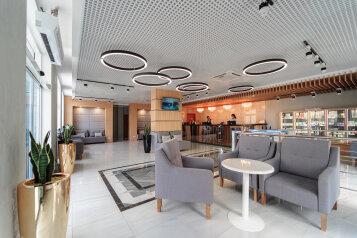 Парк-отель и пансионат, улица Ефремова, 38 на 119 номеров - Фотография 1