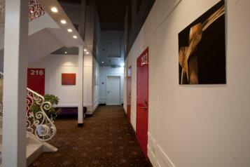 Отель , улица Серова, 14 на 20 номеров - Фотография 4