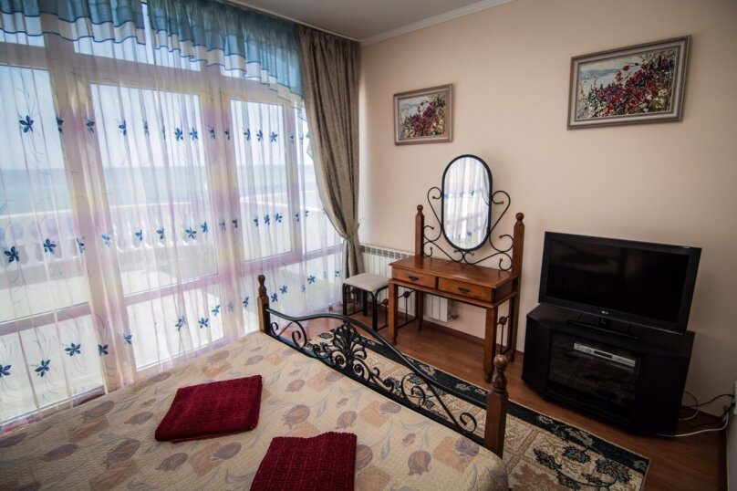 Дом у моря, 190 кв.м. на 10 человек, 4 спальни, шоссе Дражинского, 2А, д 3, Отрадное, Ялта - Фотография 10