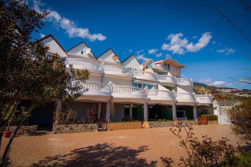 Дом у моря, 190 кв.м. на 10 человек, 4 спальни, шоссе Дражинского, 2А, д 3, Отрадное, Ялта - Фотография 1