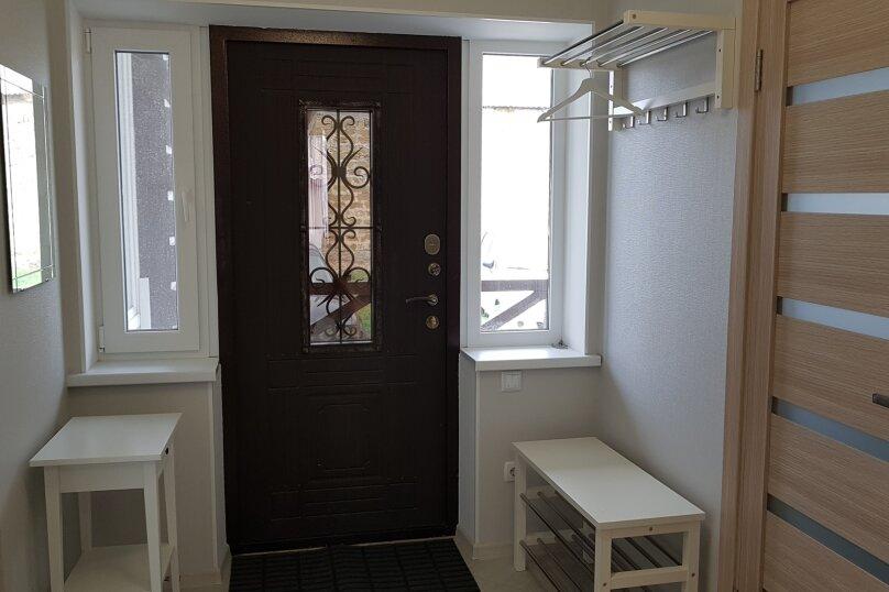 Дом, 100 кв.м. на 6 человек, 1 спальня, с. Андрусово, ул. Гаспринского, 21, Симферополь - Фотография 2