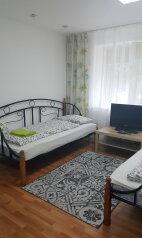 2-комн. квартира, 50 кв.м. на 4 человека, улица Энгельса, 51, Новороссийск - Фотография 2