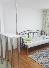 2-комн. квартира, 50 кв.м. на 4 человека, улица Энгельса, 51, Новороссийск - Фотография 4